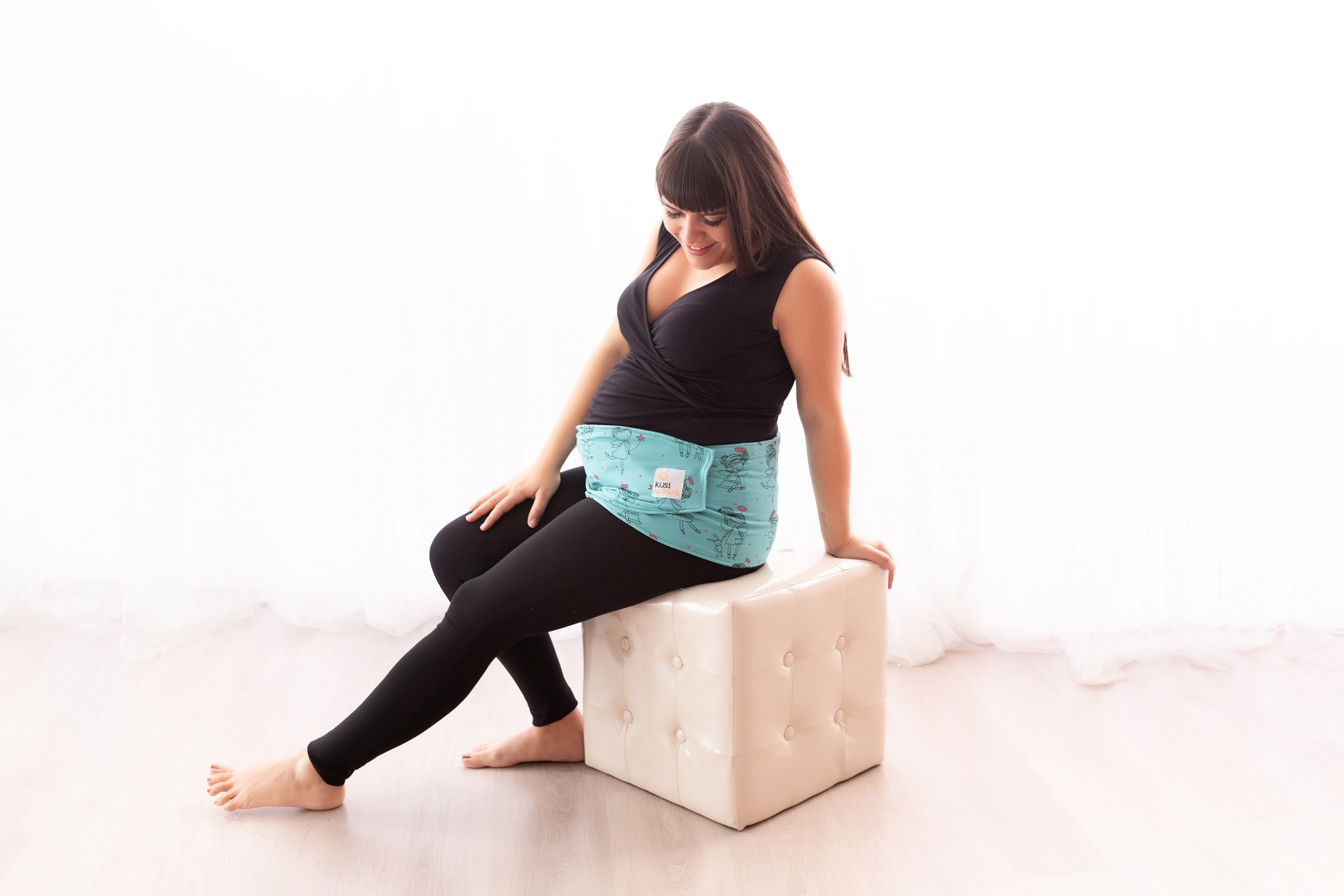 The first belt to relieve the pain of pregnant women